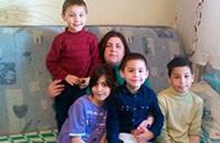 Помогите многодетной маме 0 детей внести деньги кредит после садик