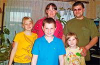 Помогите справить корову многодетной семье Петровых
