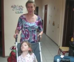 Лена Петрова с дочкой Викой. Октябрь 2015 г.