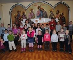 Воскресная школа просит помочь канцтоварами!