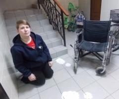 Нужна инвалидная коляска для сироты инвалида Светы