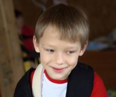 Помогите Матвею Уварову ДЦП оплатить лечебное плавание!