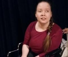 Помогите Тане купить инвалидную коляску!