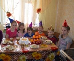 Помогите купить подарки детям-сиротам из Кемеровской Области (приемные семьи)