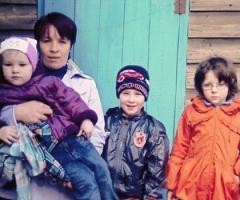 Помогите купить дрова многодетной семье Слесаренко!