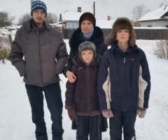 Помогите многодетной семье Евдокимовых купить дрова!