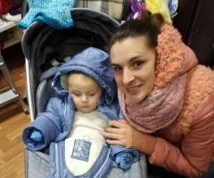 Помогите Ольге с сыном купить билеты и уехать домой!