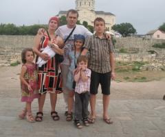 Поможем многодетной семье Петровых оплатить садик!