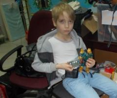 Помогите Дениске купить расходные материалы на инсулиновую помпу!