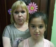 Спиридонова Ирина с дочерью Настей 12 лет. Из Ярославской области (онкология) на лечение в Москву.