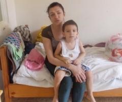 Ольга К. с сыном Женей (проект 'Профилактика социального сиротства')