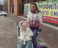 Лена Петрова с дочкой Викой