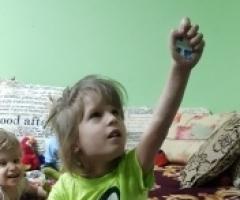 Яночка, сирота из Кемерово, на обследование