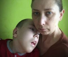 Не забудьте о нас, пожалуйста, помогите! Малышева Л.С., одна воспитывает ребенка инвалида