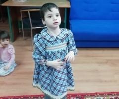 Виолетта из интерната в Республике Коми, 6 лет. ДЦП. Приехала на обследование и лечение.