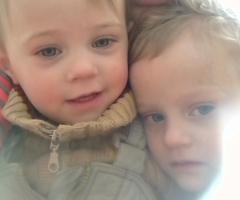 Я не могу полноценно работать с тремя детьми, я одна, помогите!  Коновалова М.А., 3 детей, одинокая