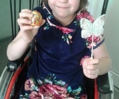 Сирота Юля 9 лет из Азова на реабилитацию
