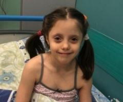 Карина из Кемерово, 7 лет. На реабилитацию после операции.