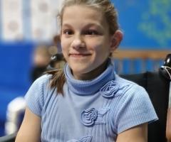 Катенька, 13 лет. Сирота из Уфы. Проходит лечение в Москве.