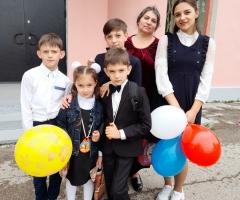 Дорогой фонд, сердечно просим вашей помощи! Штоль Е.Н., одинокая мама , 6 детей.
