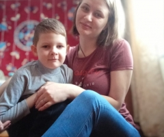 В связи со сложной ситуацией в моей семье, обращаюсь к Вам за помощью. Демченкова Наталья Александровна, одинокая мама, 1 ребенок.