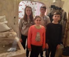 Старая печка почти не греет, тепло не расходится по всему дому. Андреева И. В., 4 детей