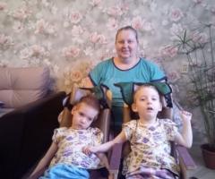 В возрасте одного года им поставили диагноз - ДЦП. Веселова И.В., 2 детей