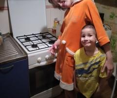 Из-за заболеваний дочери не могу выйти на работу. Соловьева С. А., одинокая мама, 2 детей.