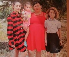 Забрала к себе в семью брата инвалида 2 группы, нет обоих ног. Литвинова Н.А., 4 детей