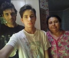 Старший сын у меня инвалид. Младший сын учится в школе. Трифонова Т.А., 2 детей