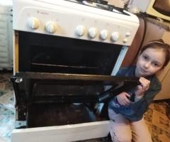 Прогорела духовка внутри, и я не могу печь хлеб. Штоль Е. Н., многодетная семья, 5 детей.