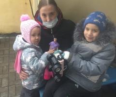 Я инвалид 2 группы, по состоянию здоровья я не работаю. Ильичева Е.Н., 3 детей.