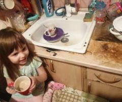 Больше негде и приготовить, и помыть посуду! Кархоткина Н. И., 2 детей, одинокая мама.