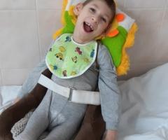 Сын - инвалид с детства, лежачий ребенок. Ювченко С.Ю., одинокая мама.