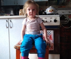 В данный момент я не работаю, так как маленький ребенок. Олькова В.Ю., одинокая мама.
