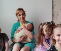 В этом месяце деньги ушли на лекарства малышам. Бызова Г. В., 4 детей.