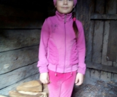 Никак не хватает доходов на покупку дров. Гусельникова М. А., 1 ребенок.