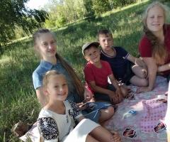 Живём на одну зарплату мужа и детские пособия. Рубцева И.П. , многодетная семья, 7 детей.
