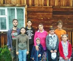 Зарплата у моего мужа очень маленькая. Борновалова О.В., 9 детей.