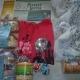 Новогодние подарки,  Новогодние шарики, футболка, сувениры, печенье, консервы овощные