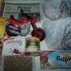 Новогодние подарки, игрушки, сладости, фасоль