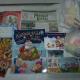 Новогодние подарки, домино, книга, игрушки, мыло, зубная паста