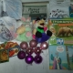 Новогодние подарки, новогодние игрушки, литература детская православная, носочки и футболка