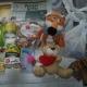 Новогодние подарки, сахар, сгущеное молоко, попкорн, кукуруза, икра трески, пряники, игрушки, литература детская
