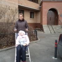 Семья Петровых. Мама Лена с дочкой Викой