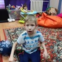 Виталик из Забайкальского края, 9 лет.  ДЦП. Спастико- паретическая дизартрия, умственная отсталость.