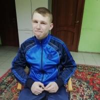 Петя из Брянской области, сирота, 17 лет. Готовится к операции на сердце.