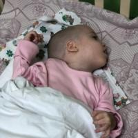 Кристина. Сирота из Владивостока. 4 года. Требуется длительное лечение.