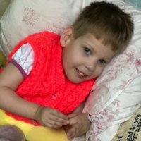 Настенька из Приморского края. 4 года. Приехала на длительное лечение.