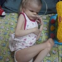 Руслана из  Камчатского Края. 7 лет, сирота